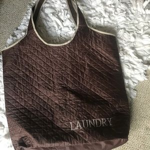 Accessories - Large laundry bag!
